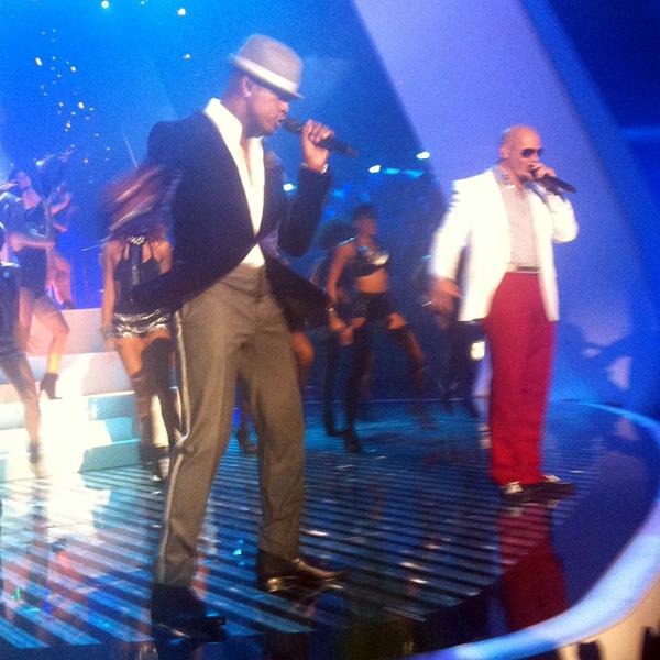 A sneaky pic at MTV VMA