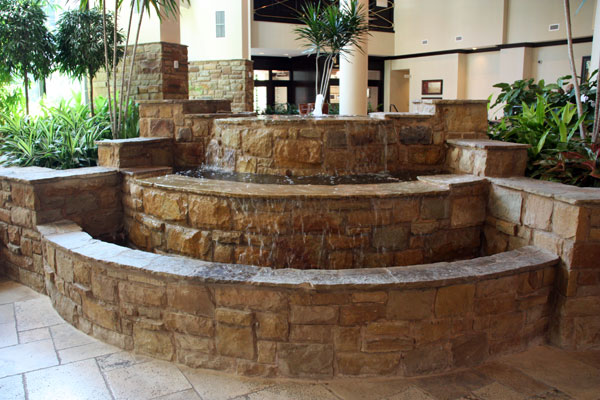 Fountain in lobby of Embassy Suites Riverwalk