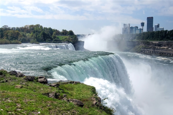 Our first sight of Niagara Falls