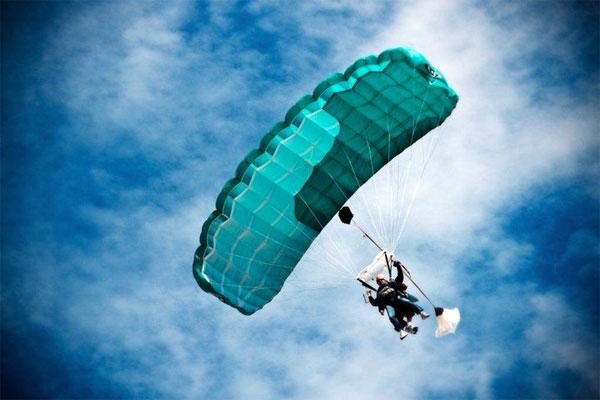 The highest tandem skydive in Australia!