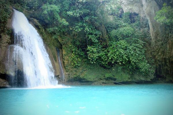 Kawasan Falls, Cebu Philippines